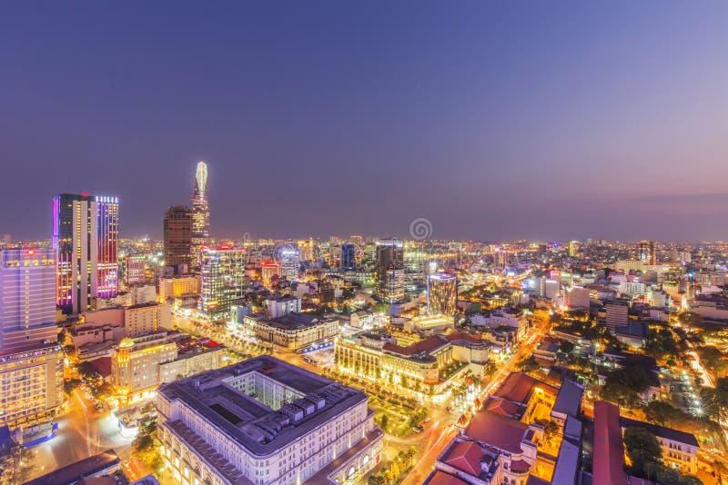 Άποψη πόλεων του Ho Chi Minh από την κορυφή της οικοδόμησης στοκ φωτογραφίες