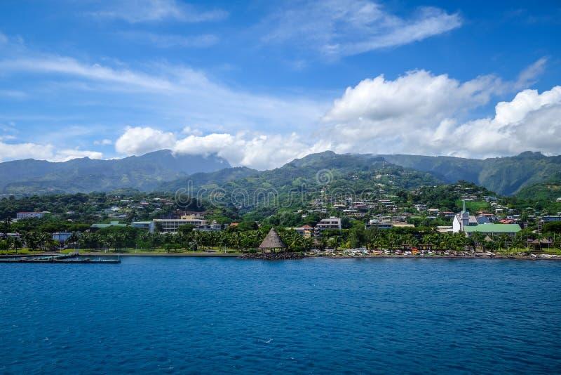 Άποψη πόλεων Papeete από τη θάλασσα, Ταϊτή στοκ φωτογραφία με δικαίωμα ελεύθερης χρήσης