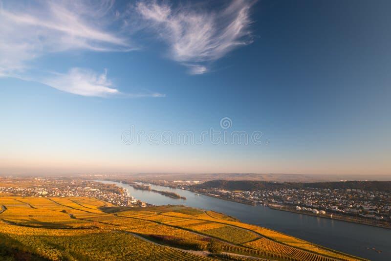 Άποψη σε Rheingau, Bingen και Rheinhessen στοκ φωτογραφίες