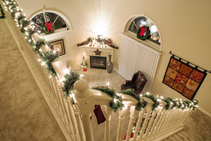 Άποψη σοφιτών νυχτερινών Χριστουγέννων στοκ φωτογραφία