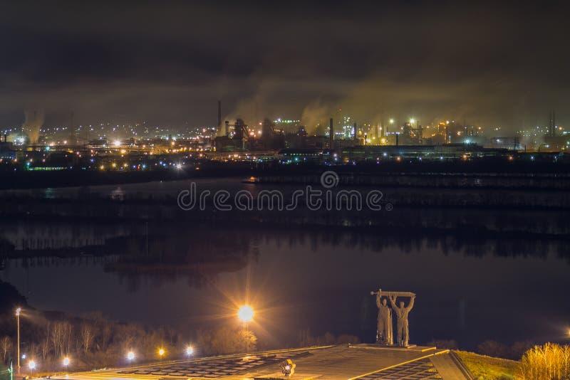 Άποψη στα χαλυβουργεία Magnitogorsk στοκ εικόνα