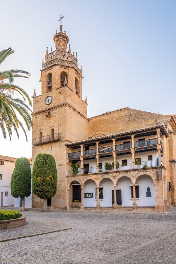 Άποψη στην εκκλησία του δημάρχου Λα της Σάντα Μαρία στη Ronda, Ισπανία στοκ εικόνα με δικαίωμα ελεύθερης χρήσης