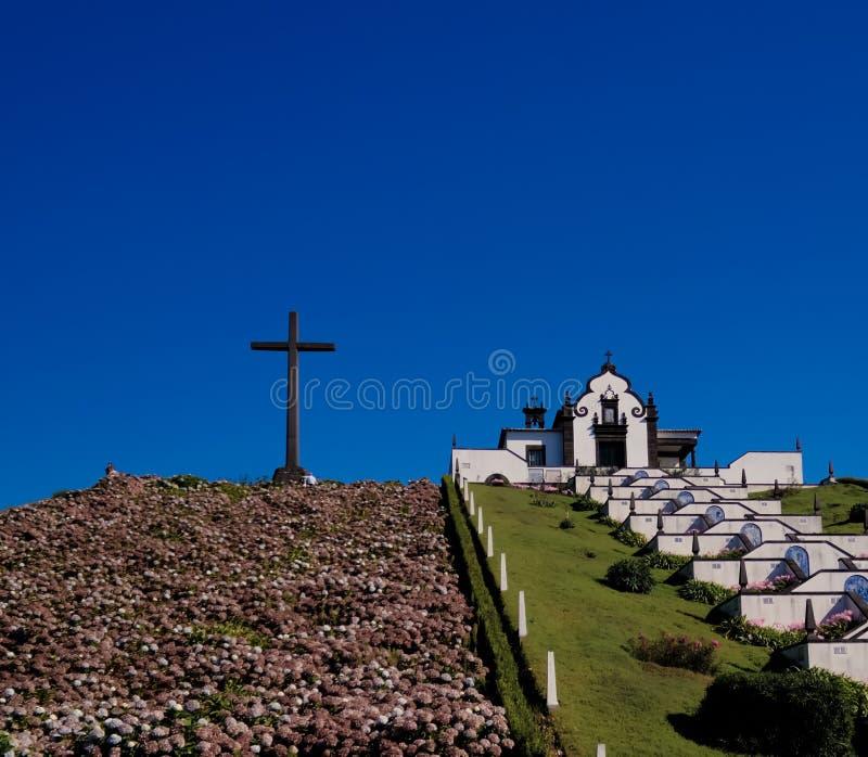 Άποψη στην κυρία μας παρεκκλησιού ειρήνης, Σάο-Miguel, Αζόρες, Πορτογαλία στοκ φωτογραφία με δικαίωμα ελεύθερης χρήσης