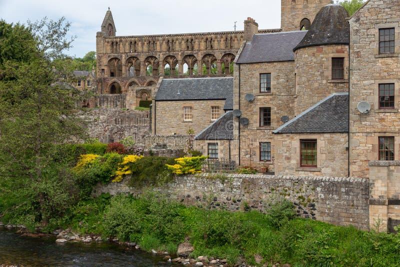 Άποψη στις καταστροφές του αβαείου Jedburgh στα σκωτσέζικα σύνορα στοκ φωτογραφία