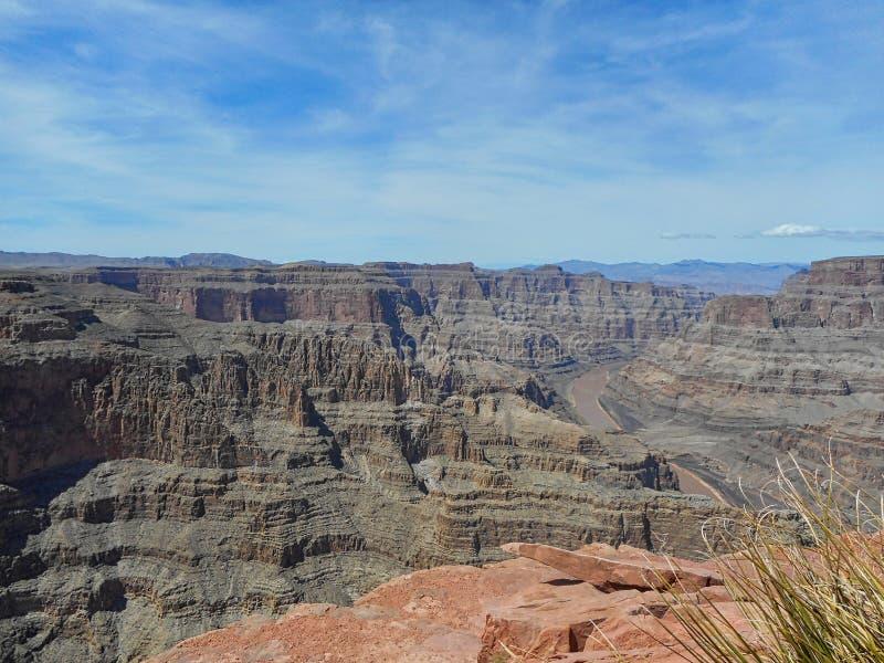 άποψη στους γκρίζους βράχους στο μεγάλο φαράγγι στοκ φωτογραφία με δικαίωμα ελεύθερης χρήσης