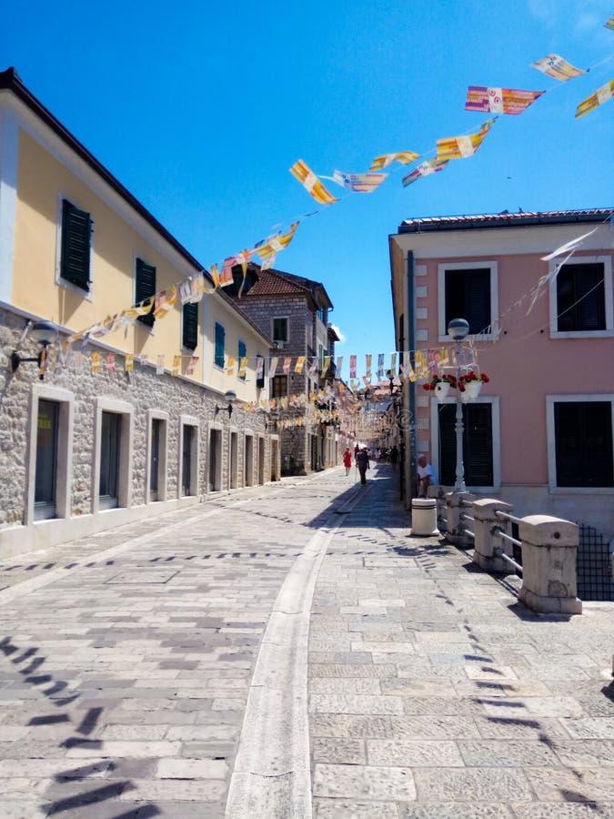 Άποψη στο παλαιό κέντρο πόλεων της διάσημης herceg-Novi κωμόπολης, Μαυροβούνιο Ευρώπη στοκ φωτογραφία