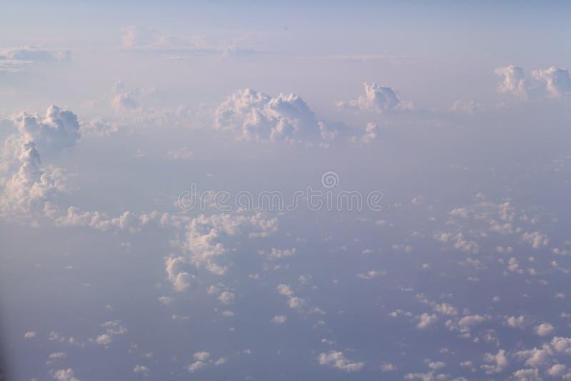 Άποψη σύννεφων από το αεροπλάνο στοκ εικόνες