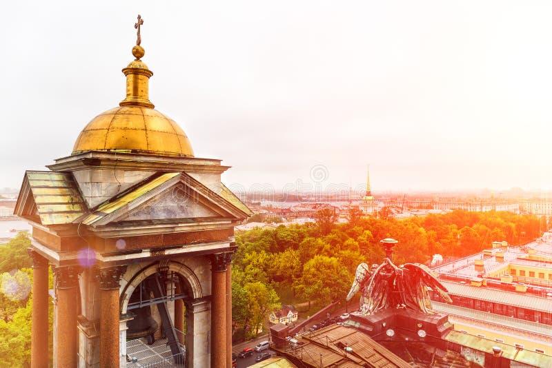 Άποψη της Αγία Πετρούπολης από το θόλο Αγίου Isaac Cathedral στοκ εικόνες με δικαίωμα ελεύθερης χρήσης