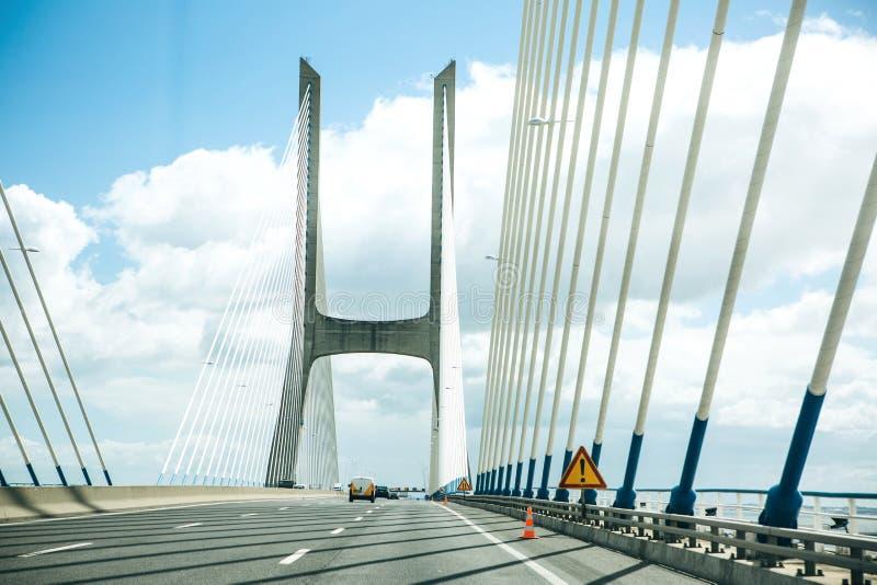 Άποψη της γέφυρας γάμμα του Vasco DA στη Λισσαβώνα στην Πορτογαλία στοκ εικόνα με δικαίωμα ελεύθερης χρήσης