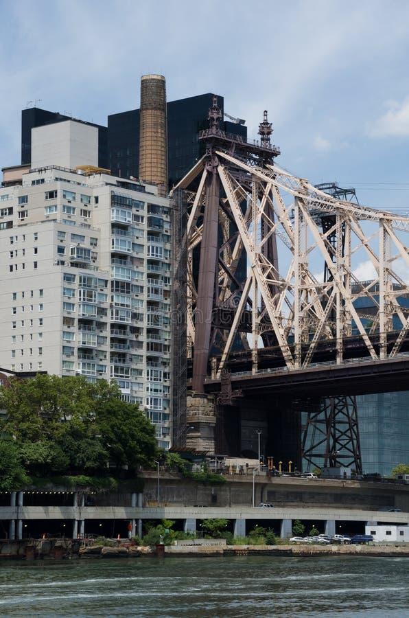 Άποψη της γέφυρας των ΕΔ Koch Queensboro από το Μανχάταν στις βασίλισσες, στοκ φωτογραφίες με δικαίωμα ελεύθερης χρήσης