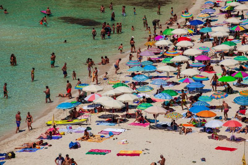 Άποψη της διασημότερης θέσης θάλασσας Lampedusa, conigli dei Spiaggia στοκ φωτογραφία