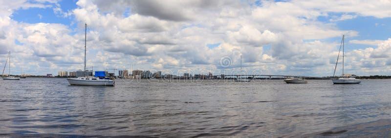 Άποψη της Λεωφόρου των Προέδρων του Ken Thompson Boat Ramp στοκ φωτογραφία με δικαίωμα ελεύθερης χρήσης