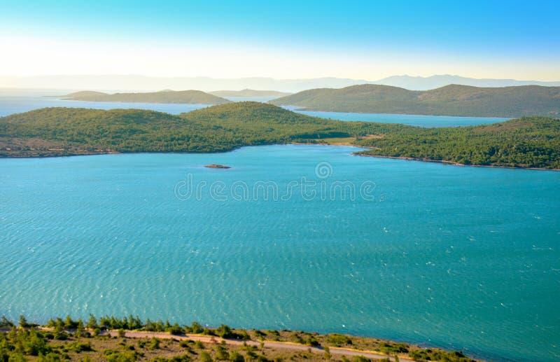 Άποψη της μεσογειακής ακτής στοκ φωτογραφία με δικαίωμα ελεύθερης χρήσης