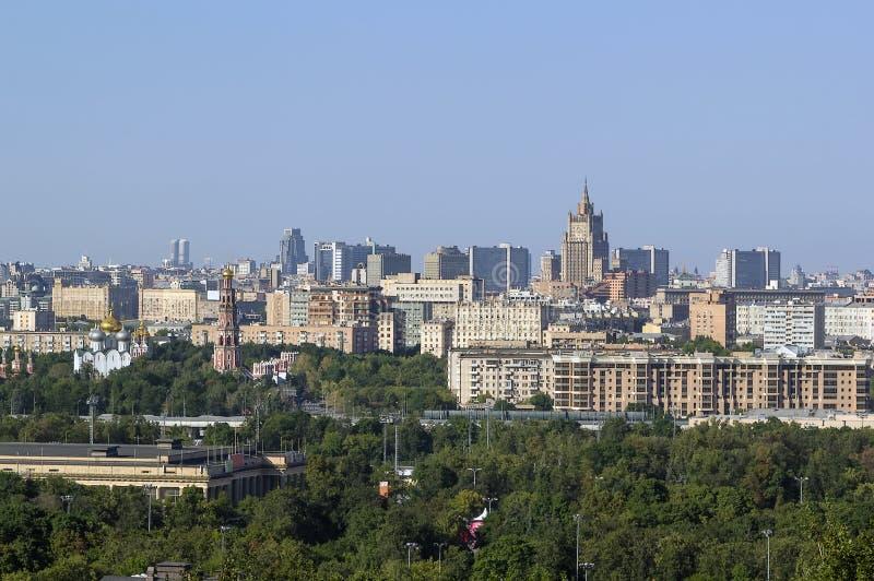 Άποψη της Μόσχας από τους λόφους σπουργιτιών, Ρωσία στοκ εικόνα με δικαίωμα ελεύθερης χρήσης