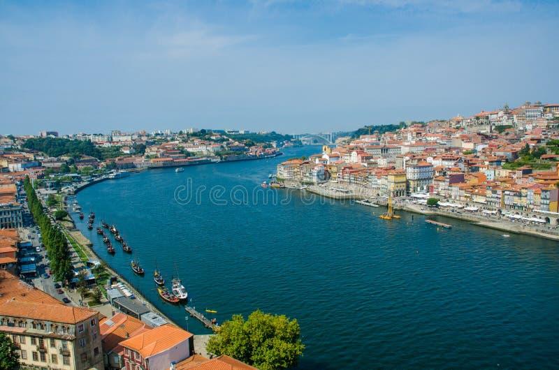 Download Άποψη της πόλης του Πόρτο τη θερινή ημέρα Στοκ Εικόνα - εικόνα από ιστορία, εξωτερικό: 62707739