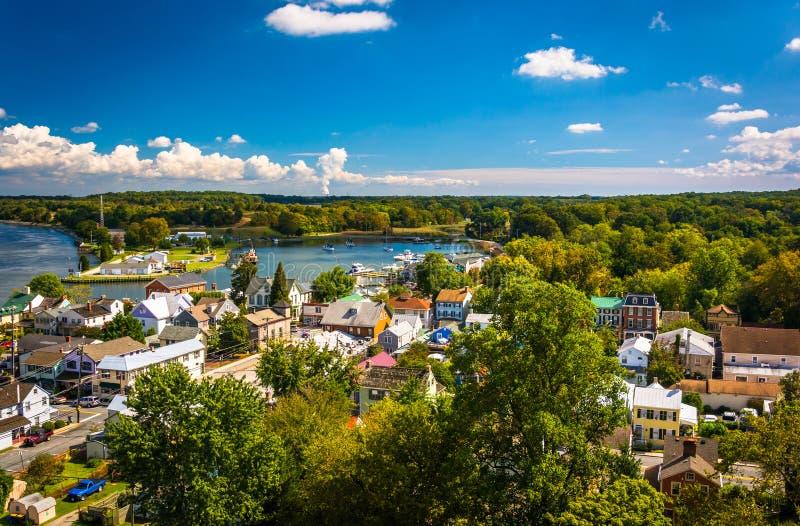 Άποψη της πόλης Chesapeake από τη γέφυρα πόλεων Chesapeake, Marylan στοκ φωτογραφία