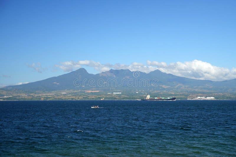Άποψη της χερσονήσου Bataan, νησί Luzon, Φιλιππίνες στοκ εικόνες