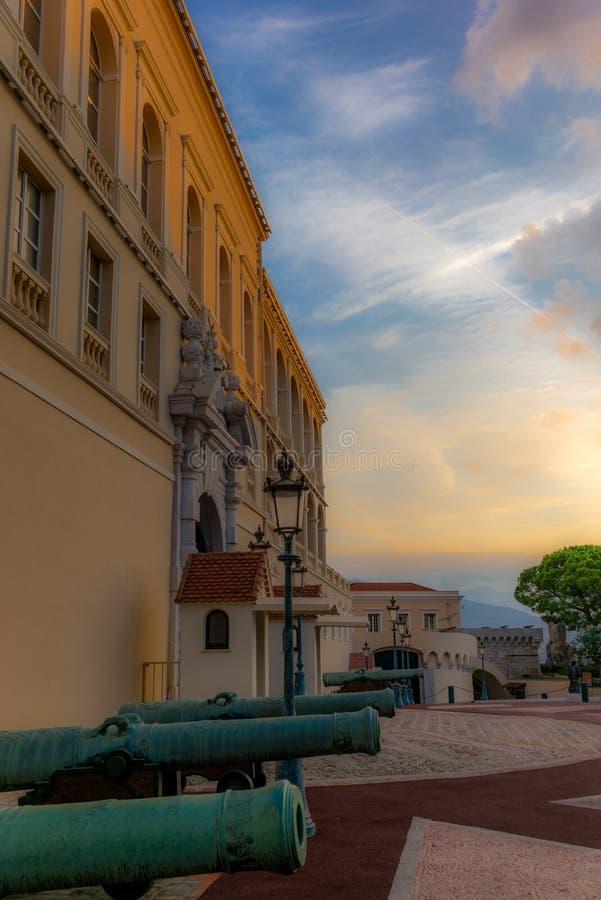 Άποψη του κάστρου του πρίγκηπα του Μονακό - 2 στοκ εικόνες