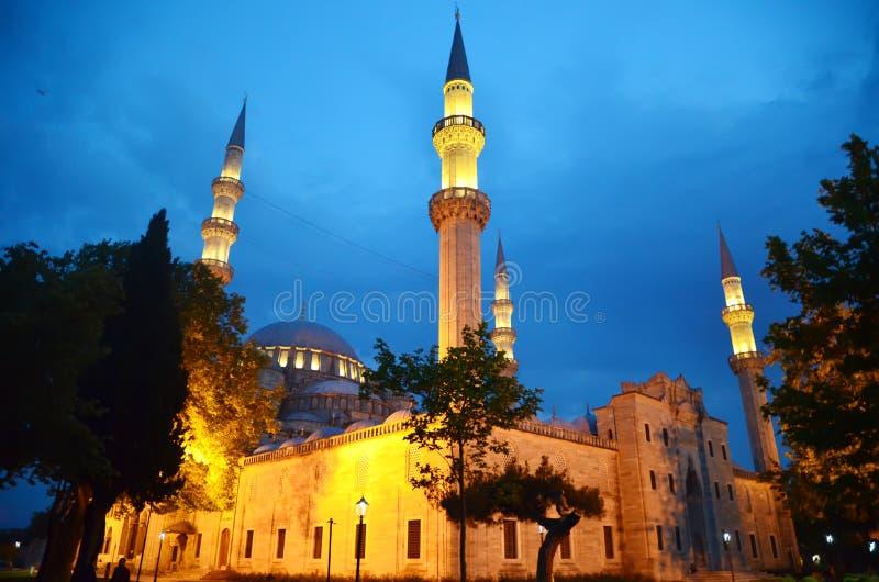 Άποψη του μεγαλοπρεπούς μουσουλμανικού τεμένους Suleymaniye, Ιστανμπούλ Τουρκία στοκ εικόνες με δικαίωμα ελεύθερης χρήσης