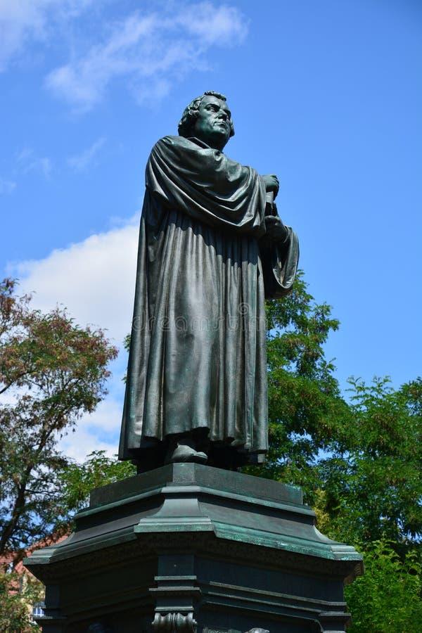 Άποψη του μνημείου στο Martin Luther στην ιστορική πόλη EISENACH, Thuringia, Γερμανία στοκ εικόνα