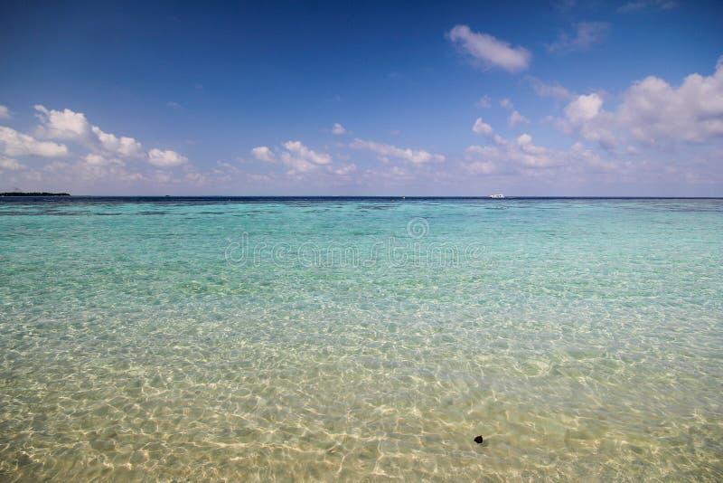 Download Άποψη του νησιού Vilamendhoo στον Ινδικό Ωκεανό Μαλδίβες Στοκ Εικόνες - εικόνα από έλξη, φύση: 62708506
