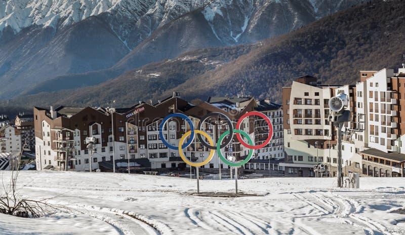 Άποψη του ολυμπιακού χωριού Rosa Khutor, Sochi στοκ φωτογραφίες
