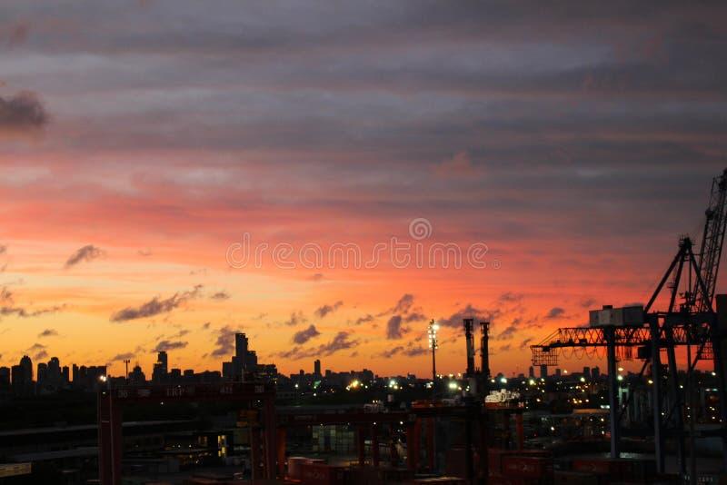 Άποψη του ορίζοντα του Μπουένος Άιρες στο ηλιοβασίλεμα, Αργεντινή στοκ εικόνα με δικαίωμα ελεύθερης χρήσης