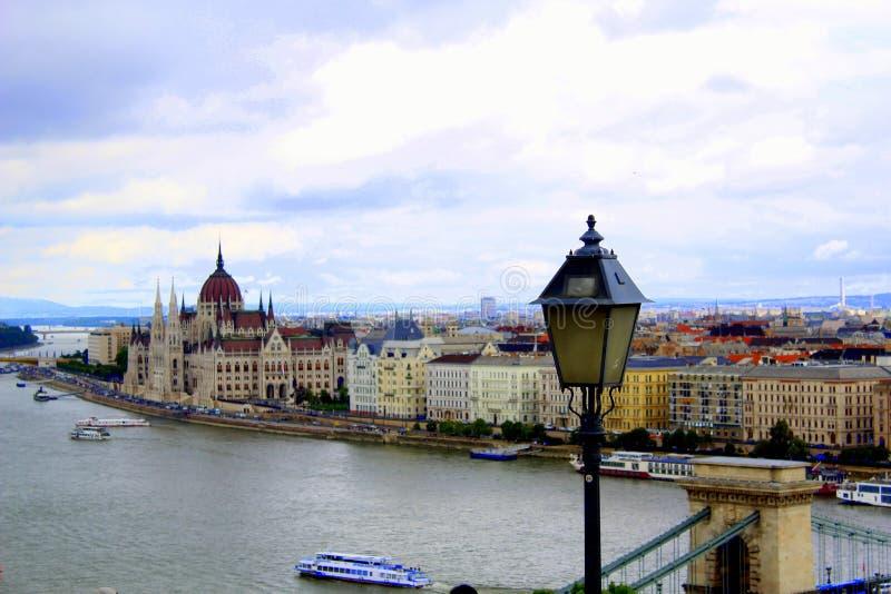Άποψη του παρασίτου από το κάστρο Buda στοκ φωτογραφίες