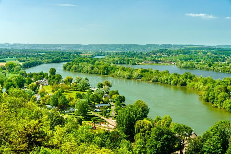 Άποψη του ποταμού του Σηκουάνα στο πύργο Gaillard στη Νορμανδία, Γαλλία στοκ εικόνες