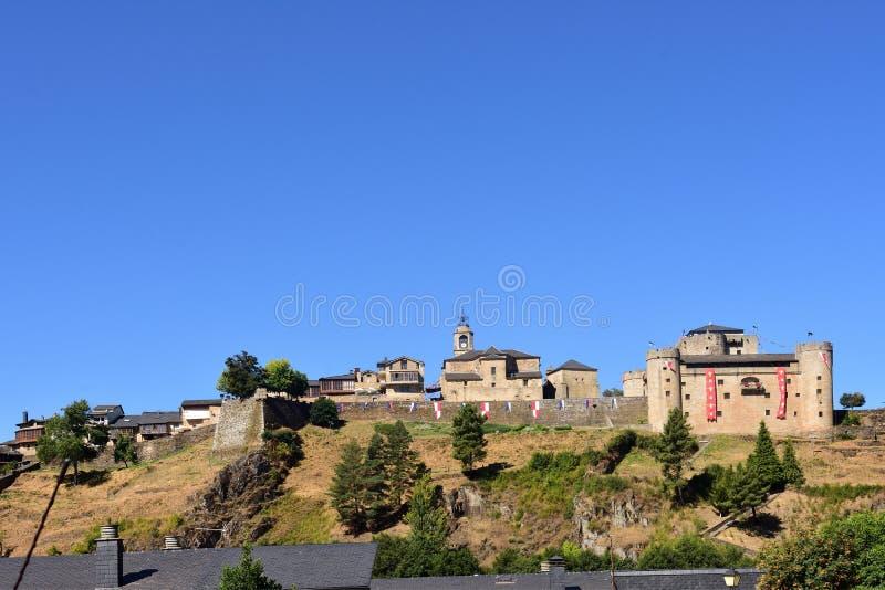 Άποψη του Πουέμπλα de Sanabria, Zamora επαρχία, Καστίλλη-Leon, Spai στοκ φωτογραφίες με δικαίωμα ελεύθερης χρήσης