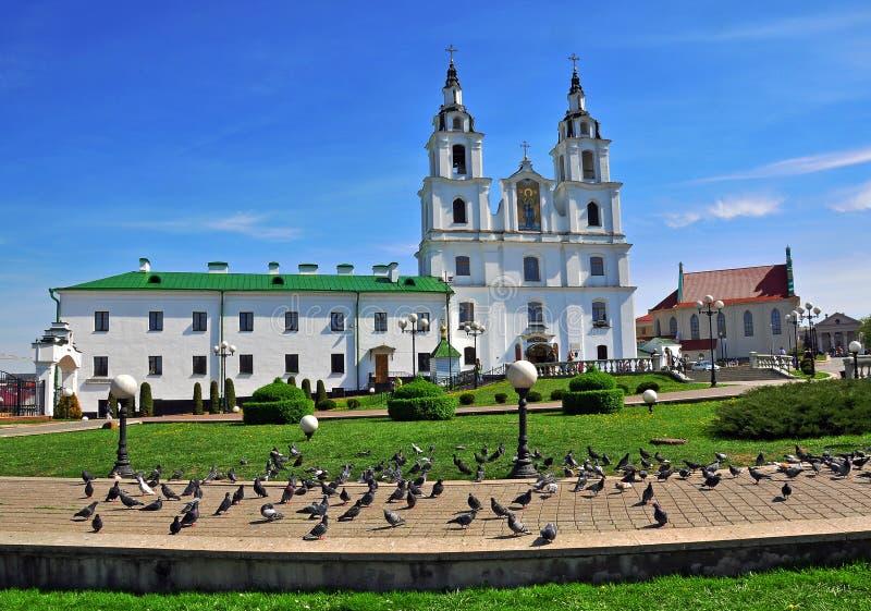 Άποψη του τετραγώνου καθεδρικών ναών του Μινσκ στοκ φωτογραφία με δικαίωμα ελεύθερης χρήσης