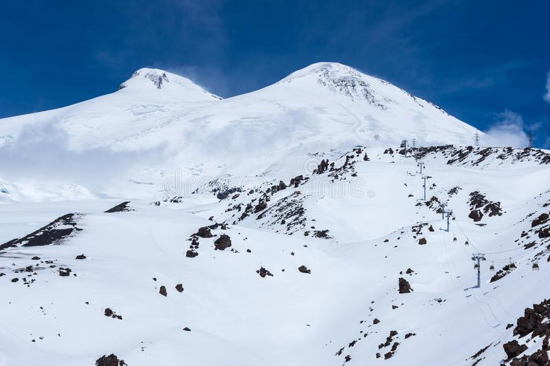 Άποψη του υποστηρίγματος Elbrus στοκ εικόνα με δικαίωμα ελεύθερης χρήσης