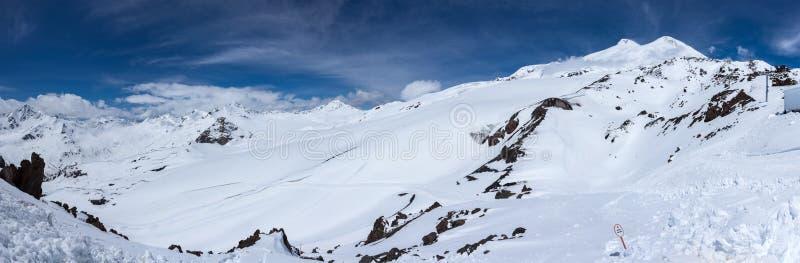 Άποψη του υποστηρίγματος Elbrus στοκ φωτογραφίες με δικαίωμα ελεύθερης χρήσης