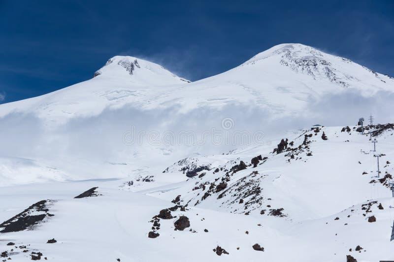Άποψη του υποστηρίγματος Elbrus στοκ εικόνες