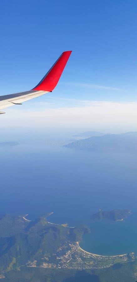 Άποψη του airplane' παράθυρο του s στοκ εικόνα με δικαίωμα ελεύθερης χρήσης