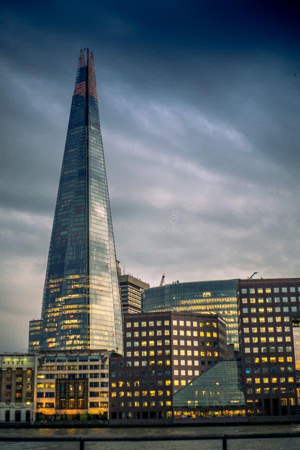 Άποψη του Shard στον ορίζοντα του Λονδίνου στοκ φωτογραφία με δικαίωμα ελεύθερης χρήσης