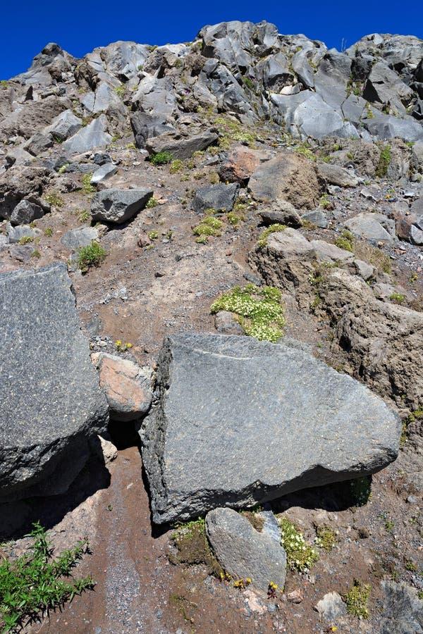 Άποψη των λόφων του υποστηρίγματος Elbrus Βόρειος Καύκασος, Ρωσία στοκ εικόνες