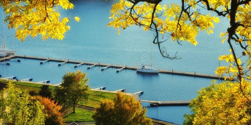 Άποψη φθινοπώρου στοκ φωτογραφίες με δικαίωμα ελεύθερης χρήσης