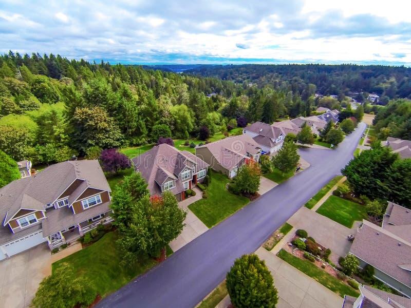 Άποψη Aireal των αμερικανικών προαστιακών κατοικημένων σπιτιών στοκ εικόνες