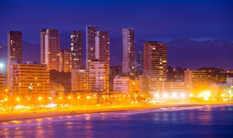 Άποψη Benidorm της παραλίας στη νύχτα στοκ εικόνα με δικαίωμα ελεύθερης χρήσης