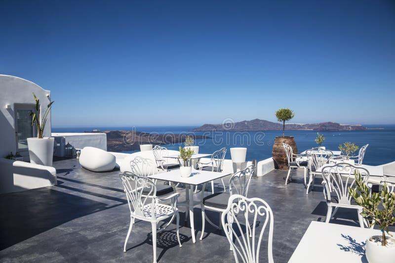 Άποψη Caldera από τον καφέ πεζουλιών, Fira, Santorini στοκ φωτογραφία με δικαίωμα ελεύθερης χρήσης