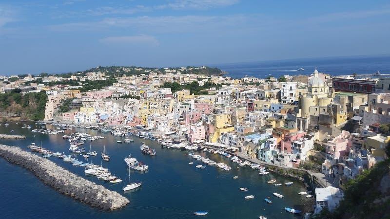 Άποψη Corricella, στο νησί Procida Νάπολη στοκ φωτογραφίες με δικαίωμα ελεύθερης χρήσης