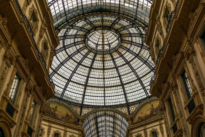 Άποψη Galleria Vittorio Emanuele στο Μιλάνο στοκ φωτογραφίες με δικαίωμα ελεύθερης χρήσης