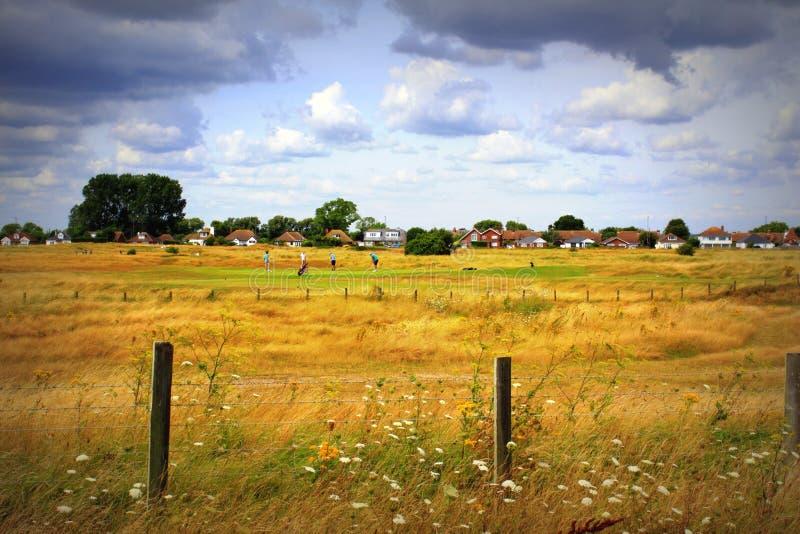 Άποψη Littlestone Κεντ Αγγλία καλοκαιριού γηπέδων του γκολφ στοκ φωτογραφίες