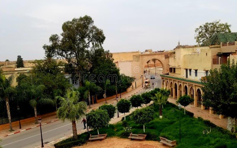 Άποψη Medina Meknez από το τοπικό εστιατόριο κοντά Prison de Kara στοκ εικόνες με δικαίωμα ελεύθερης χρήσης