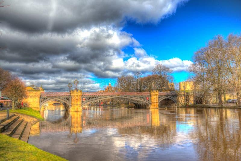 Άποψη Ouse ποταμών της Υόρκης UK προς τη γέφυρα Skeldergate στοκ φωτογραφίες με δικαίωμα ελεύθερης χρήσης