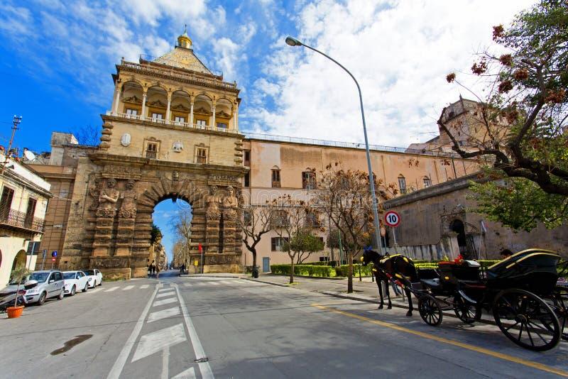 Άποψη Porta Nuova στο Παλέρμο στοκ φωτογραφίες με δικαίωμα ελεύθερης χρήσης