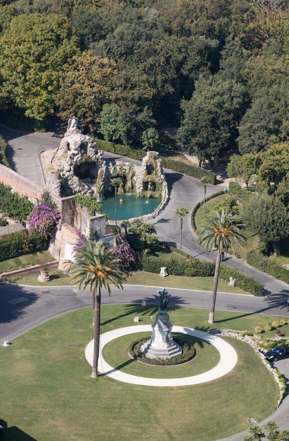 Άποψη VaticanAerial των κήπων Βατικάνου από τη βασιλική του ST Peter, Ρώμη στοκ εικόνα