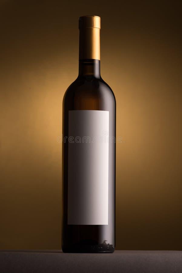 Άριστο άσπρο μπουκάλι κρασιού στοκ εικόνα με δικαίωμα ελεύθερης χρήσης