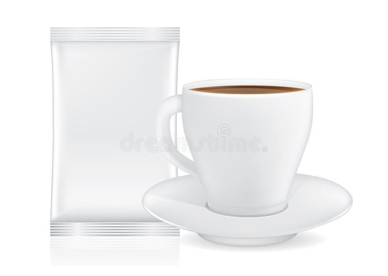 Άσπρα φλυτζάνι και πιατάκι καφέ κοντά στο σακούλι απεικόνιση αποθεμάτων